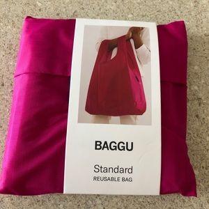 NWT Baggu Standard Reusable Bag Magenta